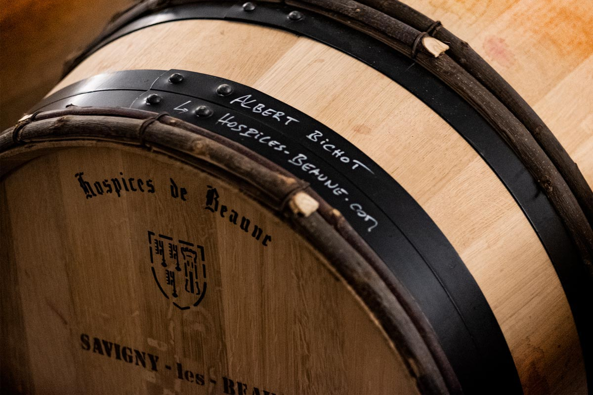 Starting the ageing of the Hospices de Beaune barrels bought by Albert Bichot at the 2018 auction